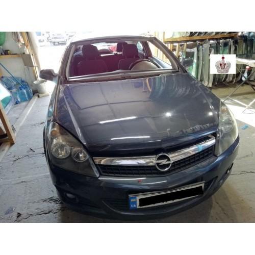 Замена лобового стекла Opel Astra GTS