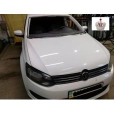 Замена лобового стекла на Volkswagen Polo