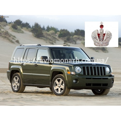Правое боковое стекло Jeep Patriot/Liberty  (Внедорожник 5-дв.) на Jeep Patriot/Liberty (Внедорожник)