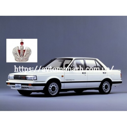 Лобовое стекло Nissan Sunny B12/Sentra  (Купе) на Nissan Sunny B12/Sentra (Купе)