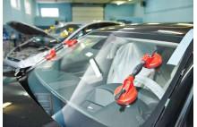 Установка автомобильного стекла
